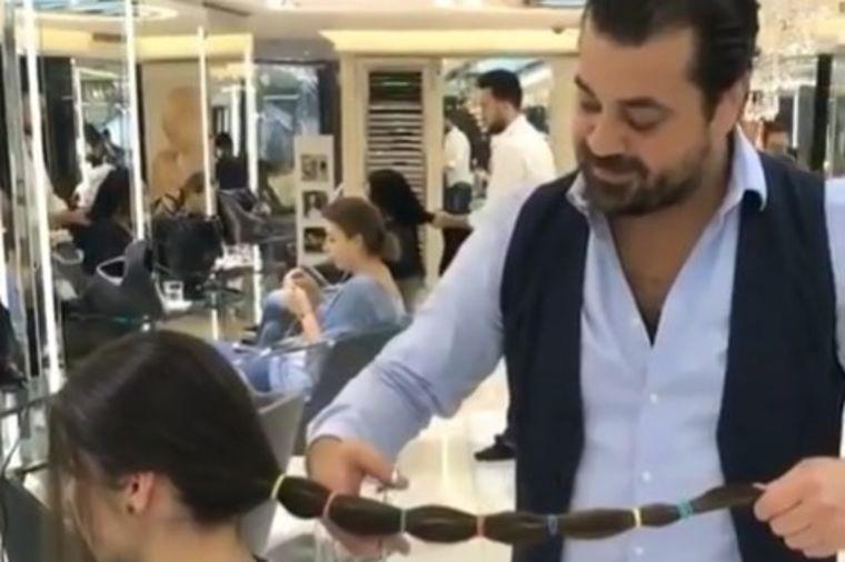 Odlučila da drastično skrati kosu: Nova frizura je pravo remek delo! (VIDEO)