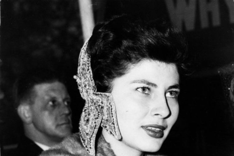 Sudbina iranske kraljice Soraje: Muž je obasipao dijamantima, a onda je postao surov! (FOTO)
