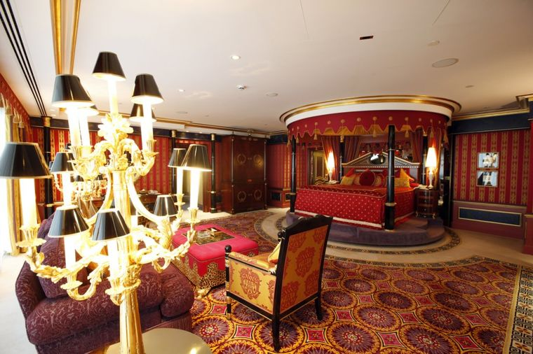 Kad bogataši letuju u Dubaiju: Noć u ovom hotelu košta 4.500 evra!