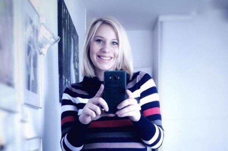 Voditeljka Slagalice pokazala telo samo 6 dana posle trećeg porođaja: Oduševila sve! (FOTO)