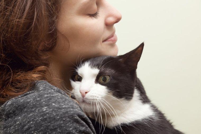 Najzad dokazano: Mačka definitivno produžava život, evo kako!