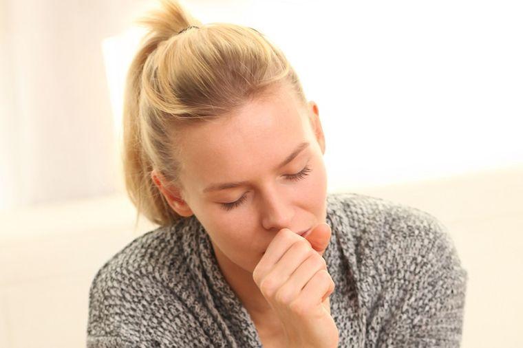 Otežano iskašljavanje ima posledice po zdravlje: Reagujte na vreme!