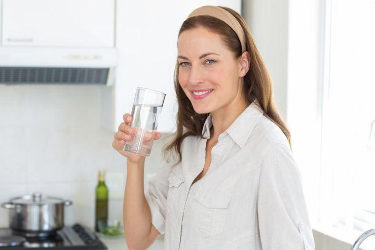 Šta se dešava u organizmu kada sva pića zamenite vodom!