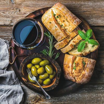 Hilandarski recept za hleb sa maslinama: Grci su ponosni na ovaj specijalitet!