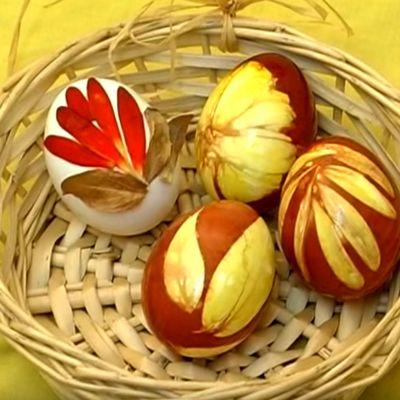 Najzdravije farbanje uskršnjih jaja: Tehnika koja se prenosi sa kolena na koleno! (VIDEO)