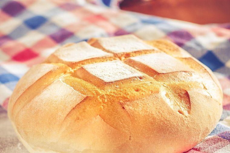 Mekana pogača sa jogurtom gotova za 20 minuta: Nema pekare koja pravi ovako dobar hleb! (RECEPT)