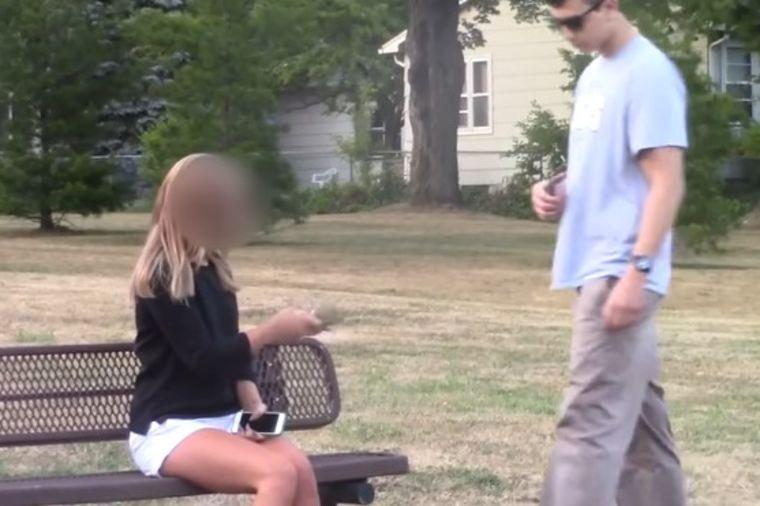 Odbila ga, a onda mu iz džepa ispao svežanj novčanica: Sponzoruša uhvaćena na delu! (VIDEO)
