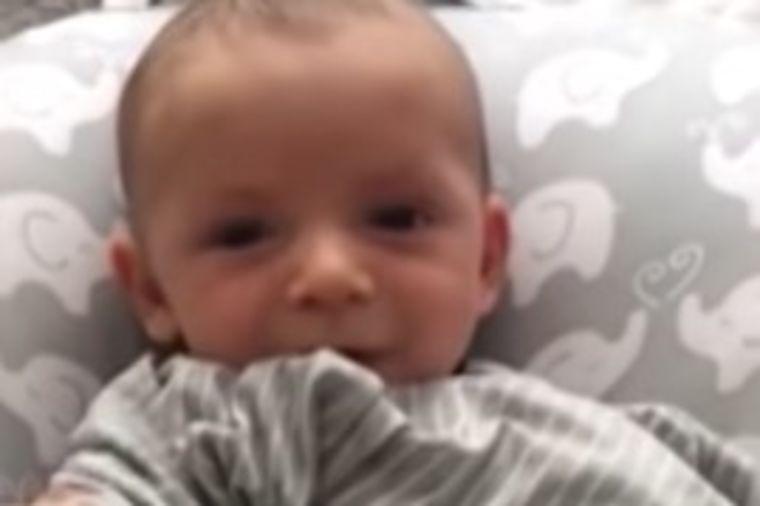 Nije mogao da umiri sina: Beba u sekundi prestala da plače zbog jedne stvari! (VIDEO)