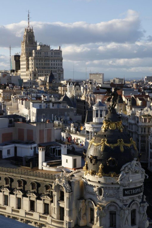 """Za Madrid kažu da je grad koji nikad ne spava. Ako volite Španiju, obavezno posetite ovaj divni grad u kojem ćete hteli ne hteli da potrošite """"brdo"""" novca. Foto: Profimedia"""
