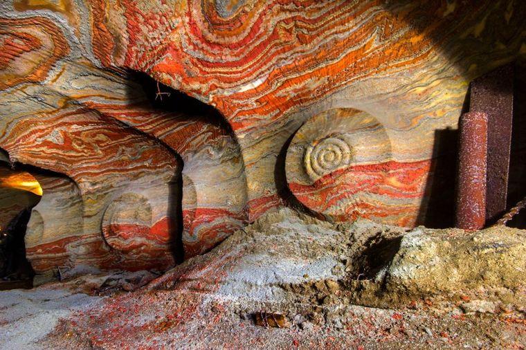 Ovo je mogla da stvori samo priroda: Psihodelični rudnik soli u Rusiji!