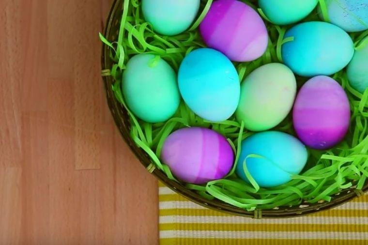Ombre uskršnja jaja: Jednostavnom tehnikom do najveselijih šara! (FOTO, VIDEO)
