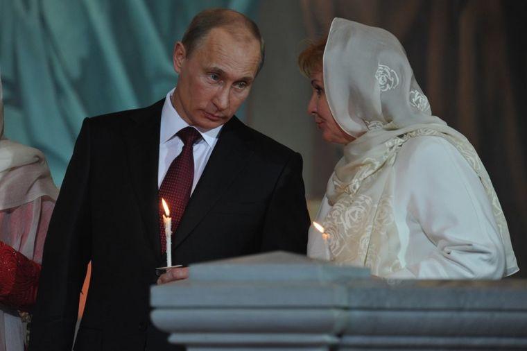 Povratak Ljudmile, bivše žene koju je Putin izbrisao: Isplivali detalji 4 godine od razvoda! (FOTO)