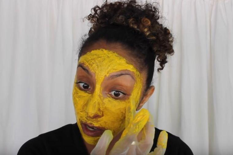 Svake druge večeri stavljala ovu masku: Čudesan rezultat je oduševio! (RECEPT, VIDEO)