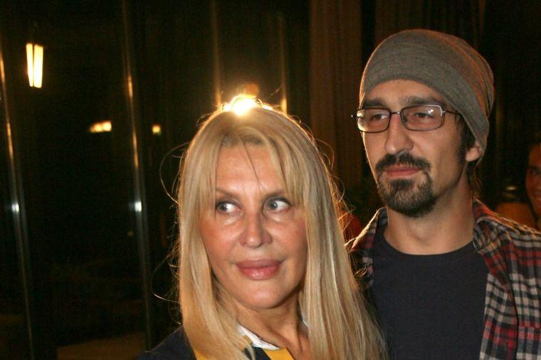 Elenu znamo, a ovako izgleda sin Verice Rakočević: Jedini je podržao njen brak sa Veljkom! (FOTO)