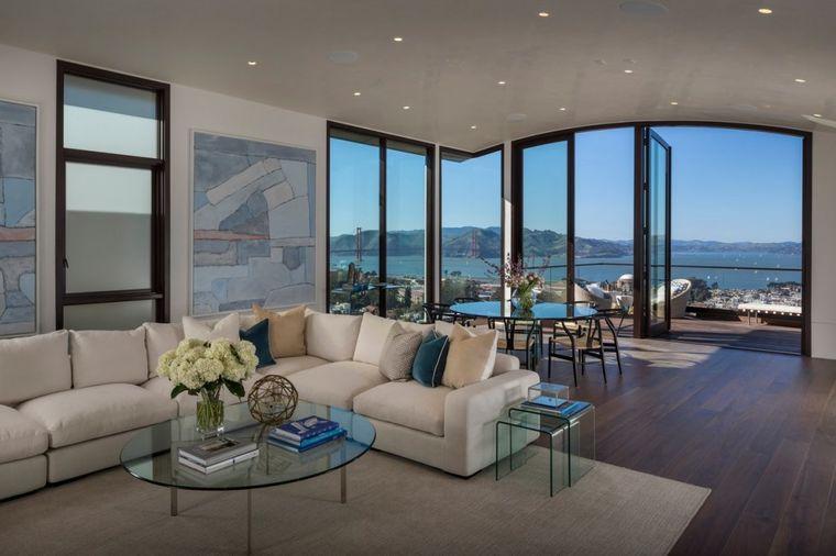 Nimalo posebna, a košta 40 miliona dolara: Šta nije u redu sa ovom kućom? (FOTO)