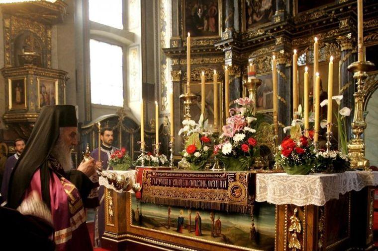 Šta je plaštanica Isusa Hrista: U crkvama se iznosi svakog Velikog petka!
