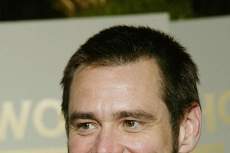 Slavni glumac vidno ostario: Niko nije mogao da ga prepozna! (FOTO)