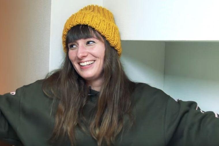 Ema živi u stanu od 8 kvadrata: Ovde sam srećna, imam sve! (VIDEO)