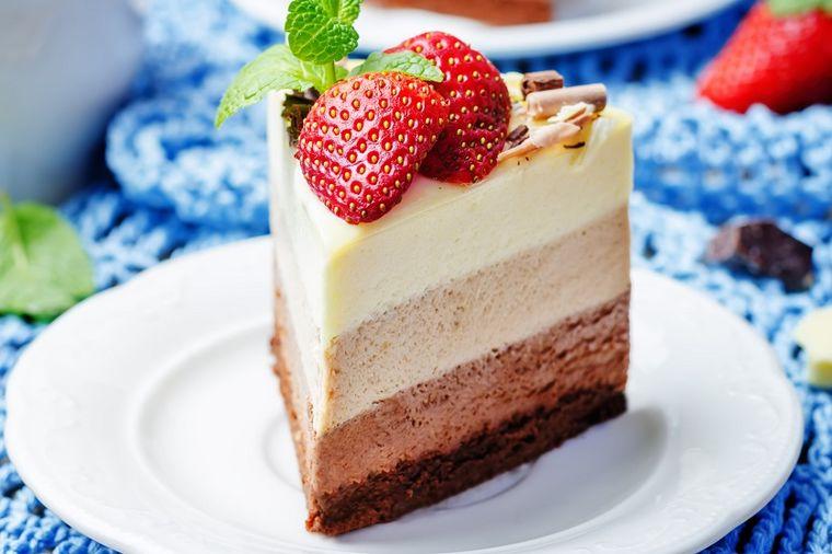 Prokleto ukusan kolač: Sav od krema, bolji od svake torte! (RECEPT)