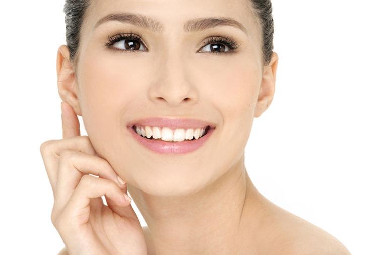 Akcija - revolucija u nezi lica: 10 specijalnih tretmana za SAMO 1.490din!