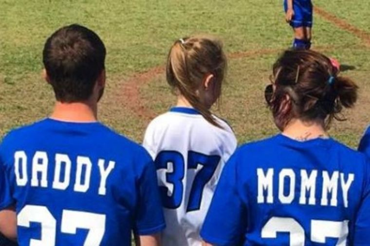 Tako se to radi: Razvedeni roditelji pokazali šta im je najbitnije! (FOTO)