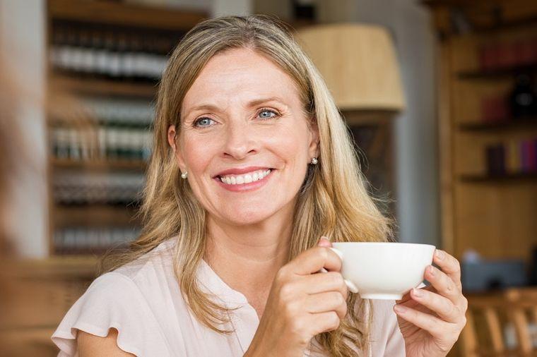 Za 3 dana prečistite telo od životinjskih masnoća: Čudo od čaja! (RECEPT)