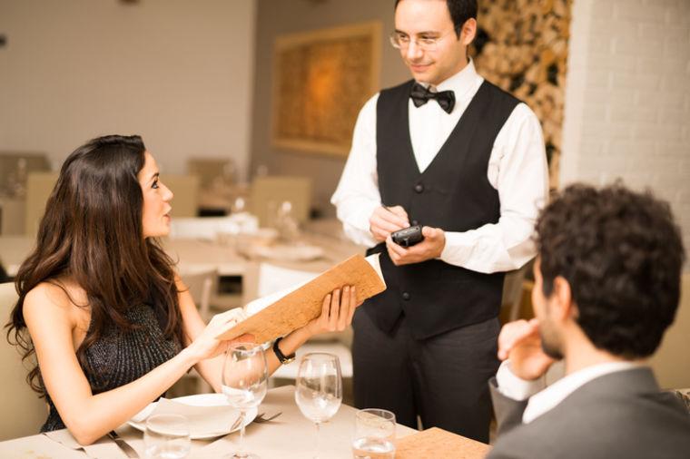 Slavni kuvar otkriva: Ako na meniju nađete ovo, odmah izađite iz restorana!