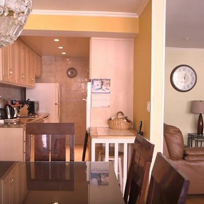 20 godina ništa nisu menjali u stanu: Slavna ćerka ih šokirala preuređenim domom! (VIDEO)