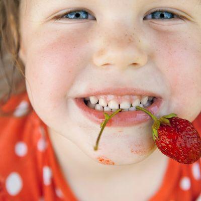 Srpski alergolog o neotpornosti naše dece: Mnogo higijene znači bolest, sirotinja ne dobija astmu!