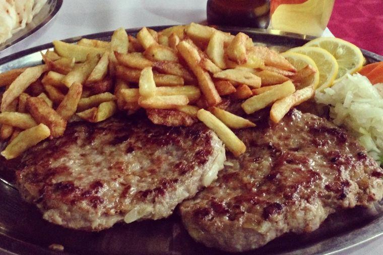 Ovako se pravi leskovačka pljeskavica: Originalan recept sa juga Srbije!