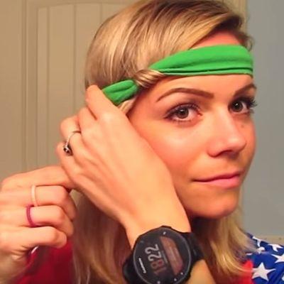 Uvila je kosu oko trake i otišla na spavanje: Ujutru je izgledala predivno! (VIDEO)