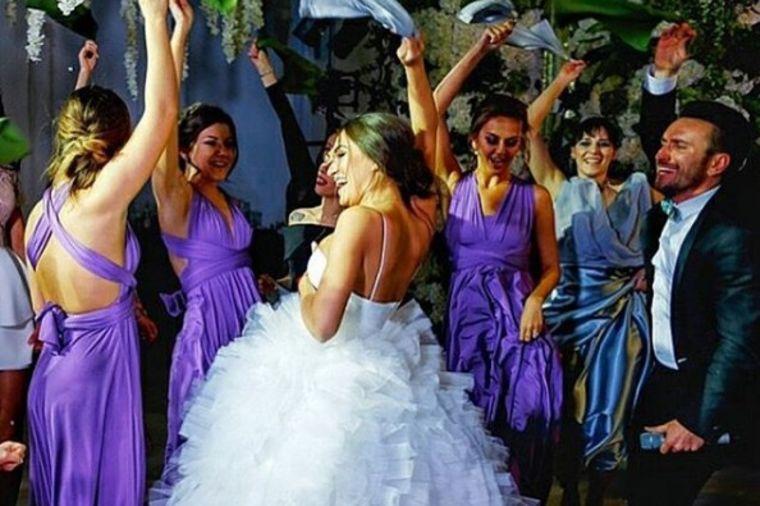 Ceo svet priča o venčanju jedne Marije: Događaj godine u Rusiji! (FOTO)