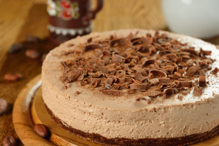 Najukusniji čokoladni čizkejk: Kolač bez pečenja, gotov za samo 20 minuta! (RECEPT)