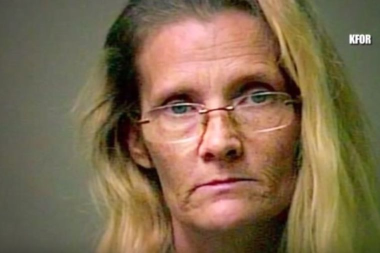 Baka pričala unucima da se u njenoj kući krije veštica: Snimak otkrio jezivu istinu! (VIDEO)
