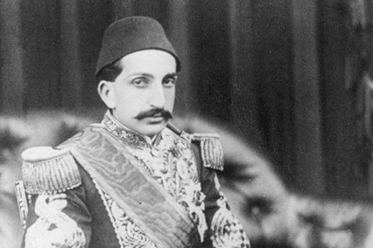 Prokleti sultan iz zlatne palate: Krvavom vladavinom presudio Osmanskom carstvu! (FOTO)