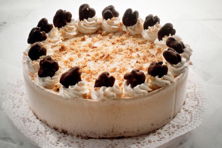 Neodoljiva srpska torta: Kraljica Marija ju je lično spremala i delila za praznike! (RECEPT)