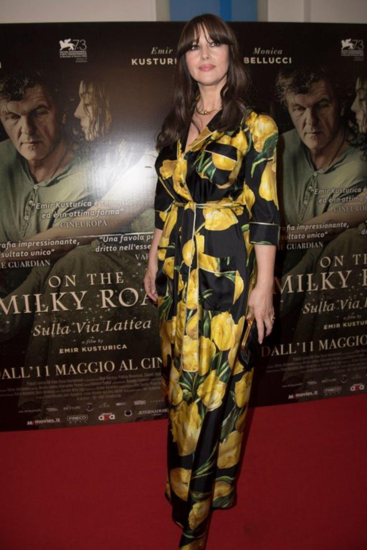 Monika Beluči je od svojih prvih koraka u modelingu i svetu glume, kada je imala samo 16 godina, postala simbol za istinsku žensku lepotu. Foto: Profimedia