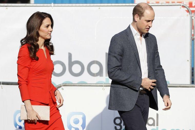 Brak Kejt Midlton i princa Vilijama u ozbiljnoj krizi: U javnosti glume srećan par!