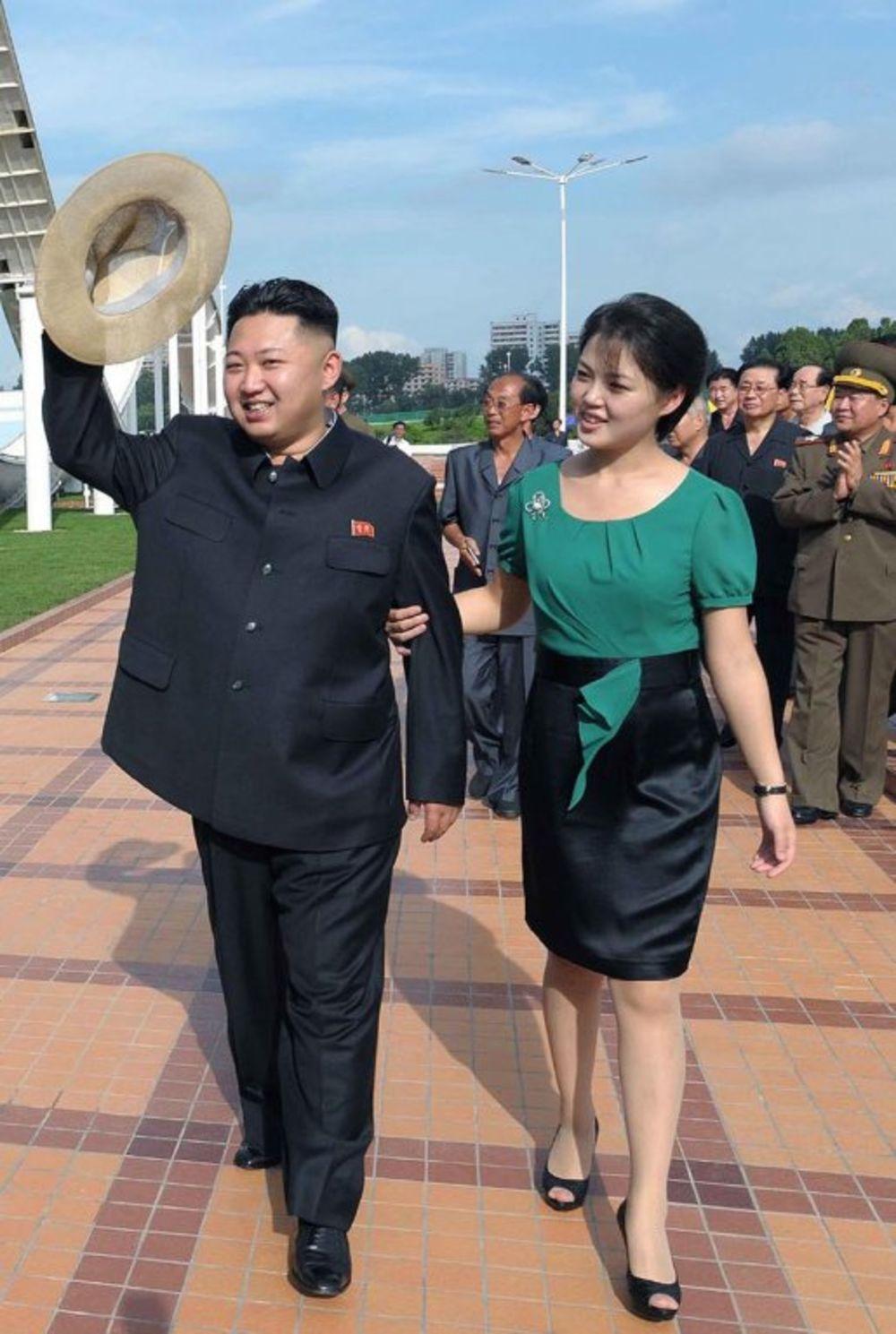 Kim Džong Un sa suprugom Ri Sol Ju