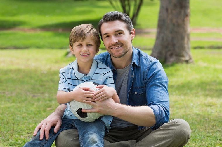 Igranje sa tatama je jako važno za pravilan razvoj dece!