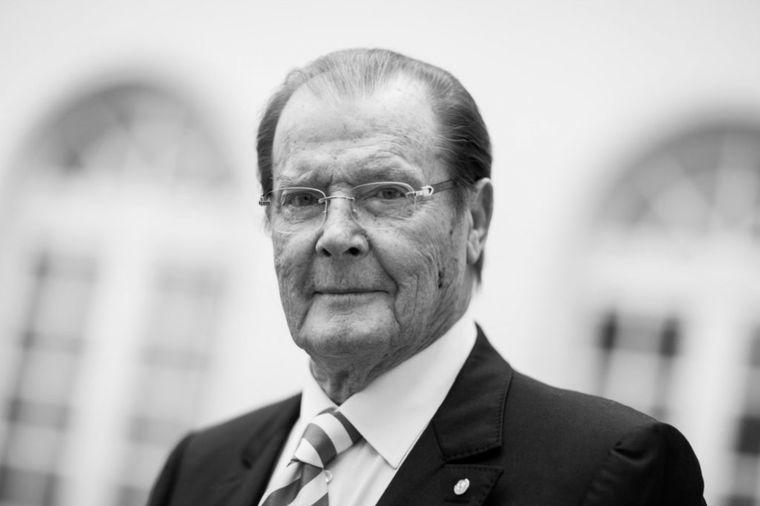 Odlazak Džejmsa Bonda: Preminuo Rodžer Mur (89)