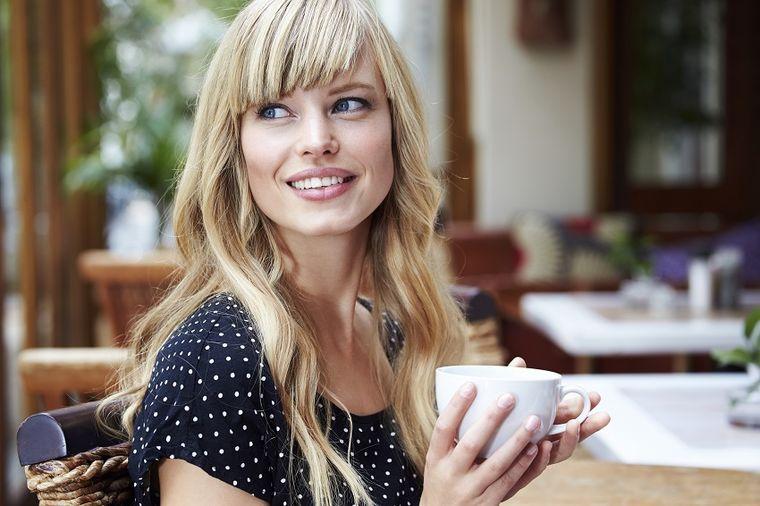 Navika od 5 minuta koja svaku ženu čini neodoljivom: Muškarci će ovo sigurno primetiti!