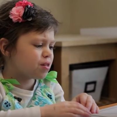Roditelji planirali ćerkinu sahranu: Dete izgovorilo 6 reči koje su ih zaprepastile! (VIDEO)