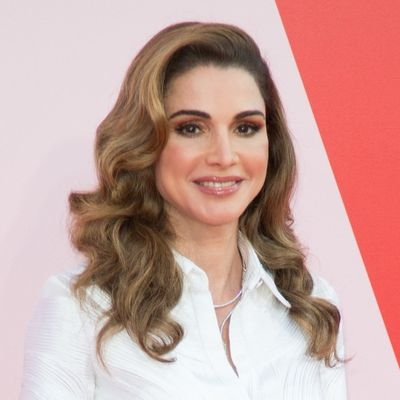 Dokazala zašto je najlepša kraljica na svetu: Svi su zanemeli kada je ušla Ranija! (FOTO)