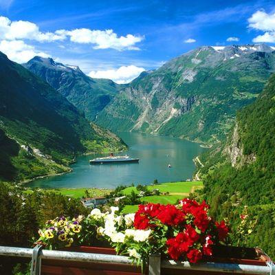 Nestvarni fjordovi Norveške: Ovakva mesta može da stvori samo priroda (FOTO)