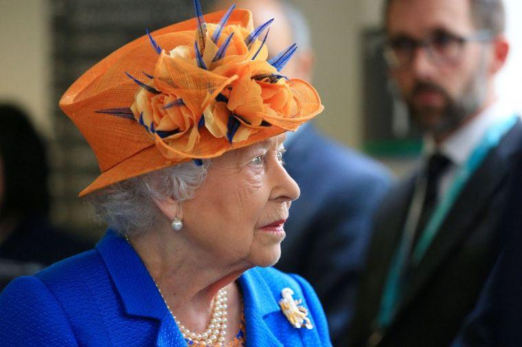 Kraljica Elizabeta može da radi šta hoće, ali jednu stvar 28 godina ne menja!