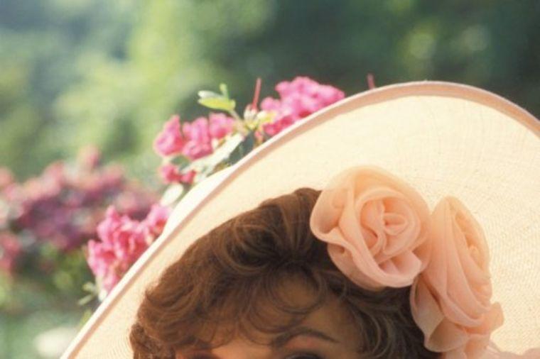 Najlepša zloća na svetu: Sve žene su htele da budu ona, barem jedan dan! (FOTO)