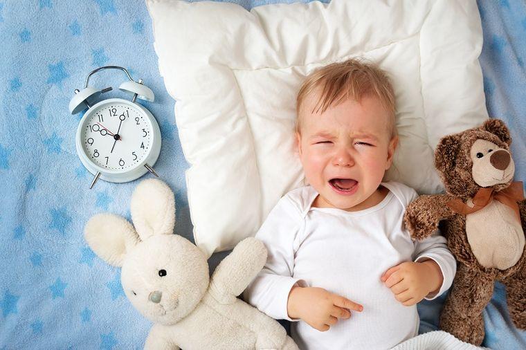 Bebe zaista mogu da prepoznaju dobre i loše osobe, i ne plaču bez razloga: Evo kako!