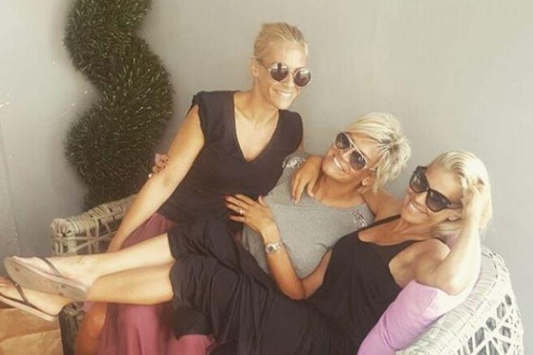 Starija sestra Nataše Bekvalac: Dragana u 5. deceniji izgleda kao bomba! (FOTO)