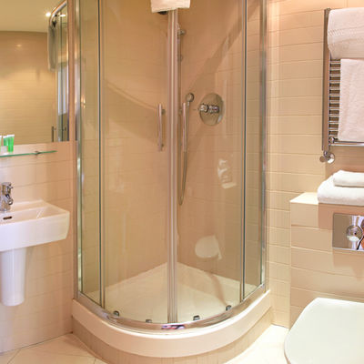 Napravili kupatilo u samo 3 kvadrata: Genijalno rešenje za male stanove! (FOTO)